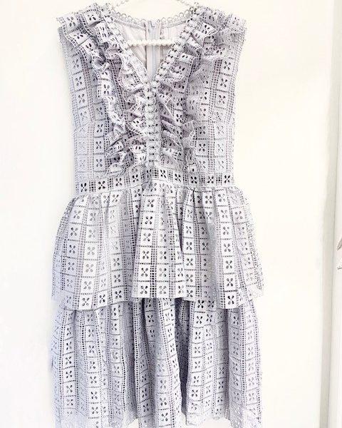 vestito-voulant-polvere